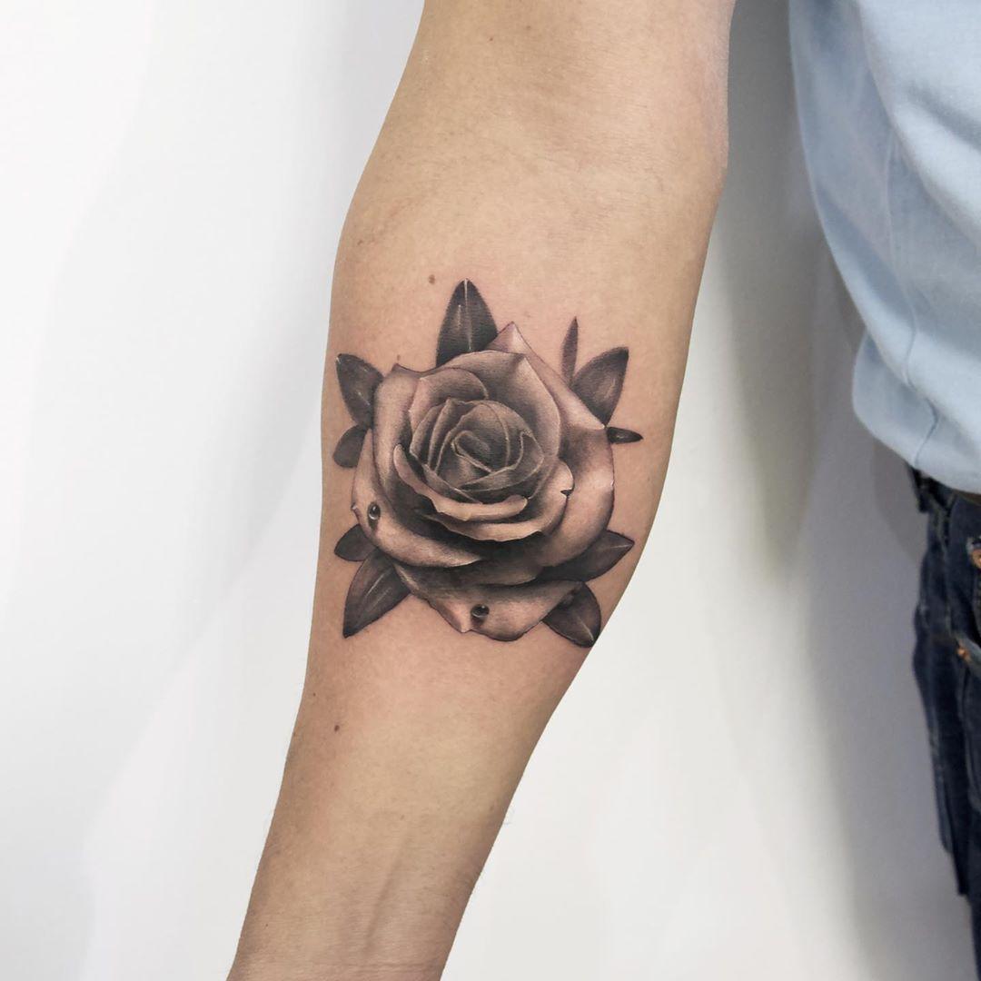 Best Black and Grey Rose Tattoo Artist Toronto
